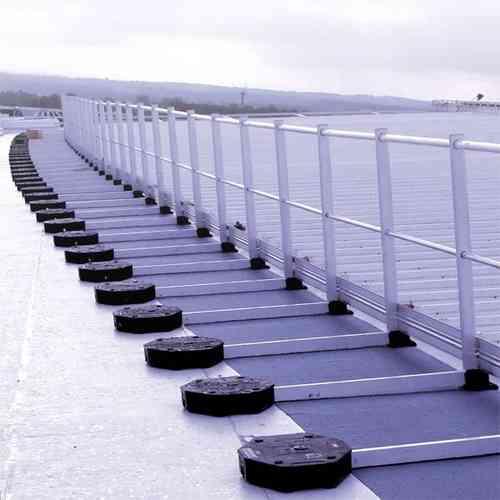 Barandillas autoportantes para cubiertas no transitables